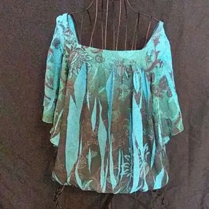 Tops - Square-neck blouse